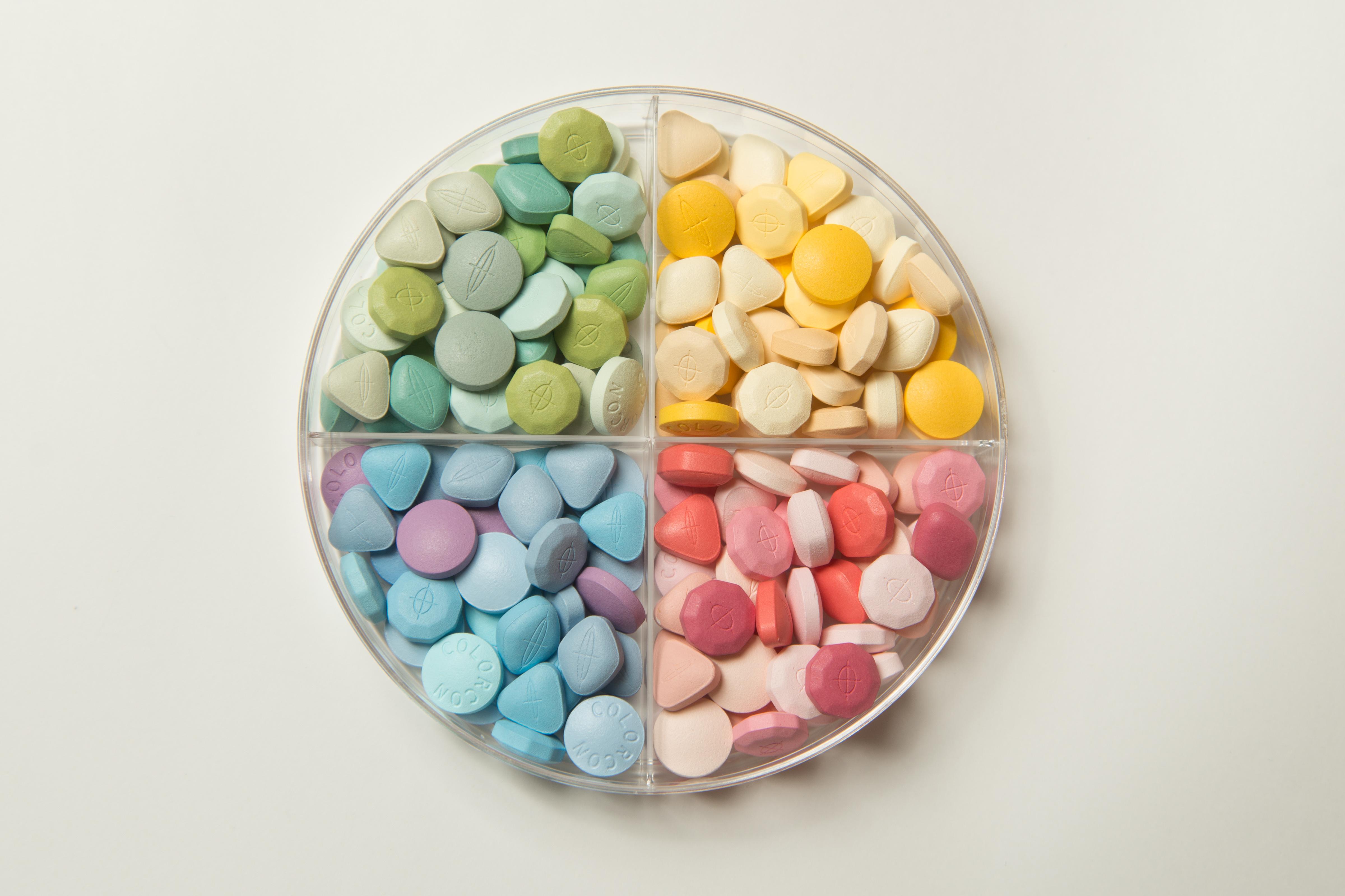Multicolor tablet display1